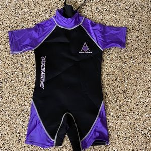 Stingray wetsuit like new size XL.
